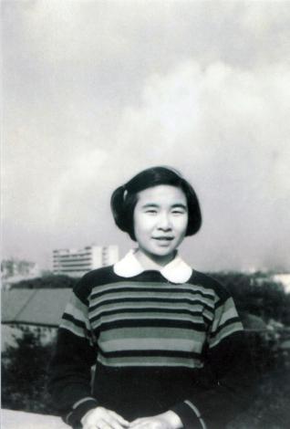 一九五七年,大学一年级的陈亚珠院士.jpg