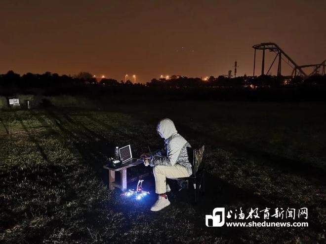 """《【麒麟城网上平台】无人机监管无人机,复旦学生团队开发""""天弩""""系统》"""